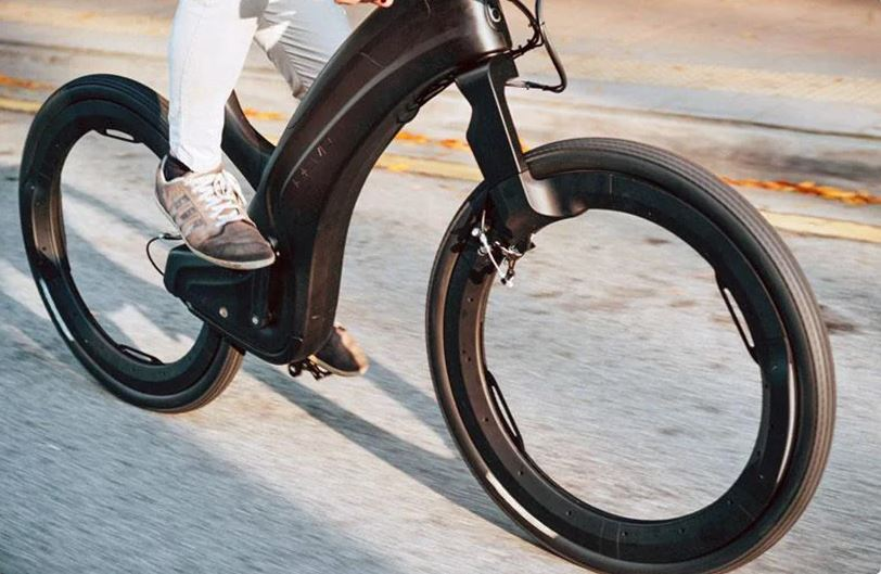 Reevo The Hubless Smart E Bike Review and Prices